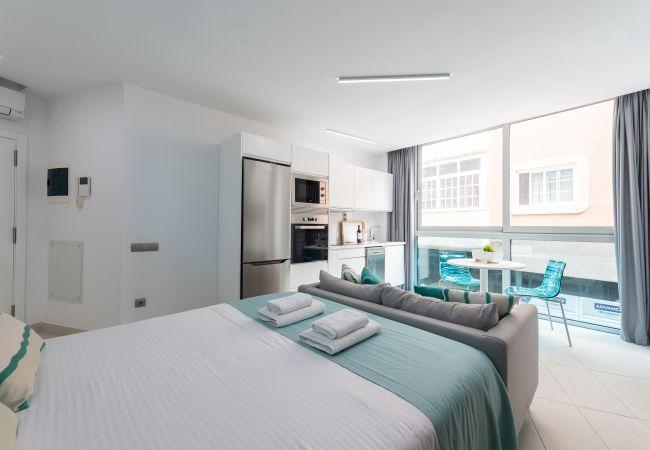 Apartamento en Las Palmas de Gran Canaria - NUEVO, CÉNTRICO, ZONA PEATONAL CERCA DE LA PLAYA CON WIFI APARTAMENTO GETAWAY 204