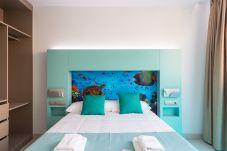 Apartamento en Las Palmas de Gran Canaria - NUEVO, CÉNTRICO, ZONA PEATONAL CERCA DE LA PLAYA EN LAS ALTURAS CON WIFI APARTAMENTO GETAWAY 402