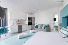 Apartamento en Las Palmas de Gran Canaria - NUEVO, CÉNTRICO, ZONA PEATONAL CERCA DE LA PLAYA CON WIFI APARTAMENTO GETAWAY 203