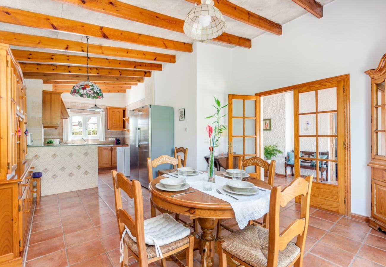 Villa en Cala Blanca - VILLA MICA