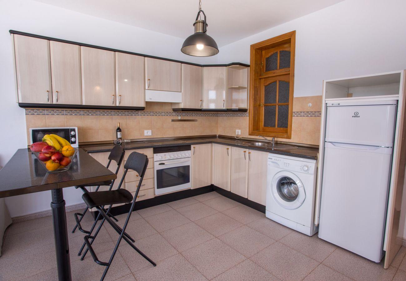 Apartamento en Arinaga -  Arinaga Colors - Yellow By CanariasGetaway
