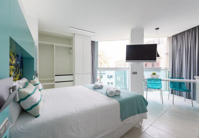 Appartement à Las Palmas de Gran Canaria - NEW, DOWNTOWN, PEDESTRIAN AREA NEAR THE BEACH WITH WIFI APARTAMENT GETAWAY 103