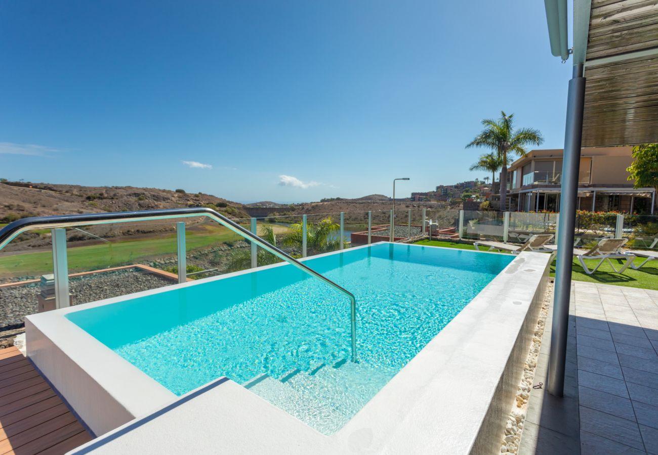 Villa à San Bartolomé de Tirajana - Villa los Dragos Salobre Golf by CanariasGetaway
