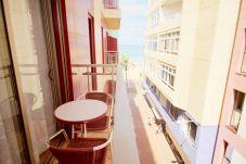 Appartamento a Las Palmas de Gran Canaria - VISTA LATERALE SUL MARE. COMFORT E WIFI 2B
