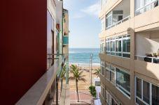 Appartamento a Las Palmas de Gran Canaria - BELLA E ATTREZZATA VICINO ALLA SPIAGGIA. WIFI 3C
