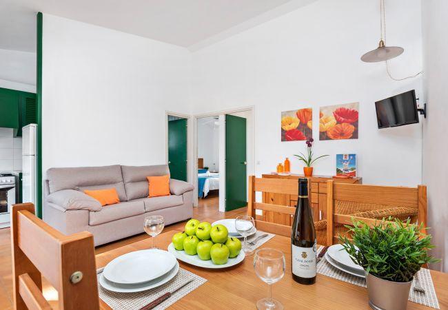 Apartment in Cala Blanca - Apartamento a 200m de la Playa de Cala blanca, con piscina y wifi!