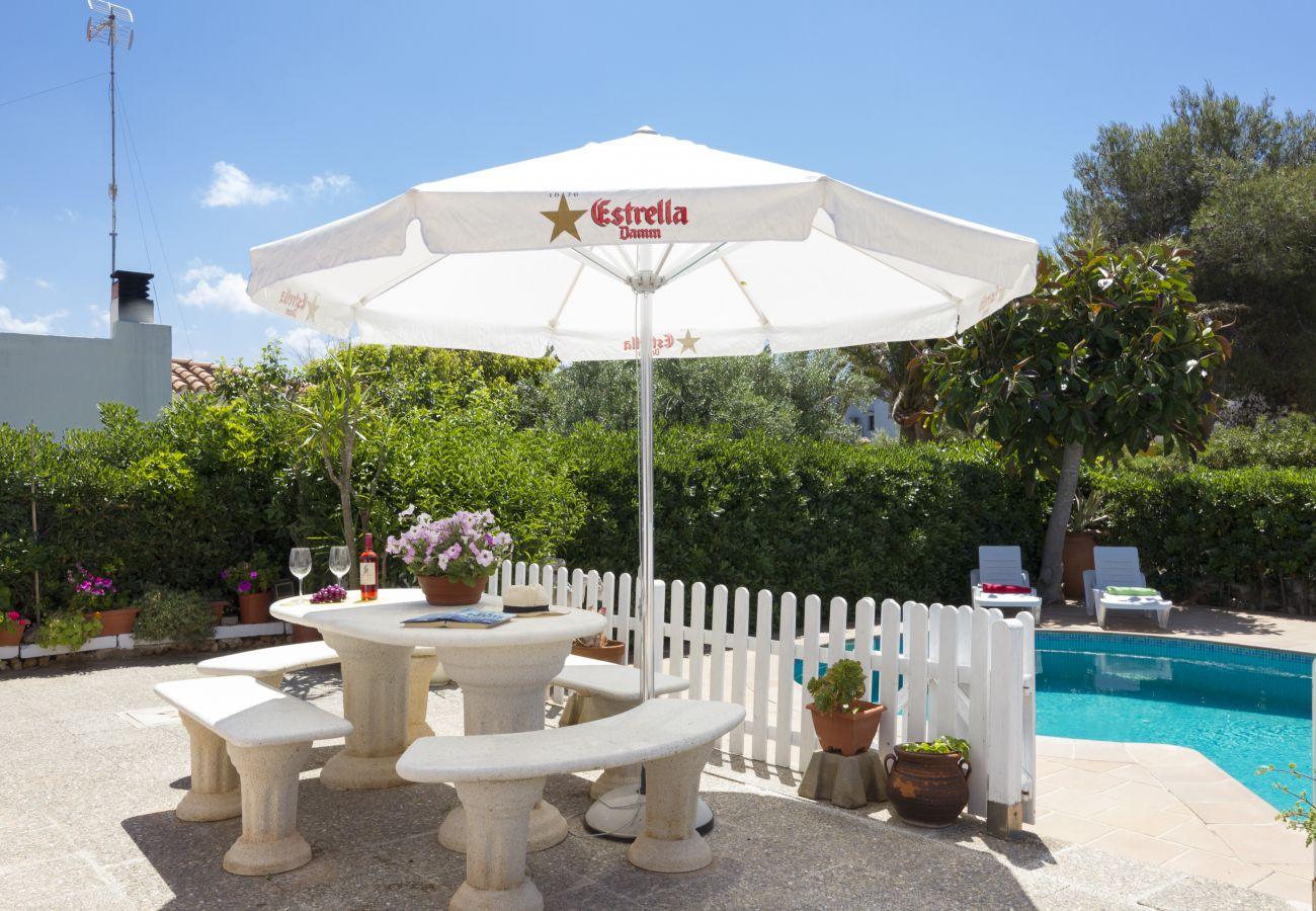 Villa in Cala Blanca - Villa Joel, next Santandria beach