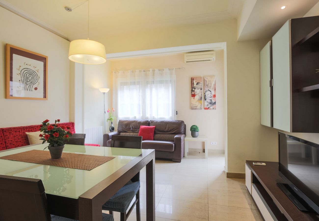 Large and bright apartment in the Sant Antoni neighborhood, Barcelona
