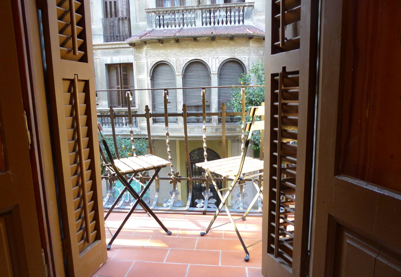 Apartment in Barcelona - GRACIA BONAVISTA, great restored apartment for rent in Barcelona center