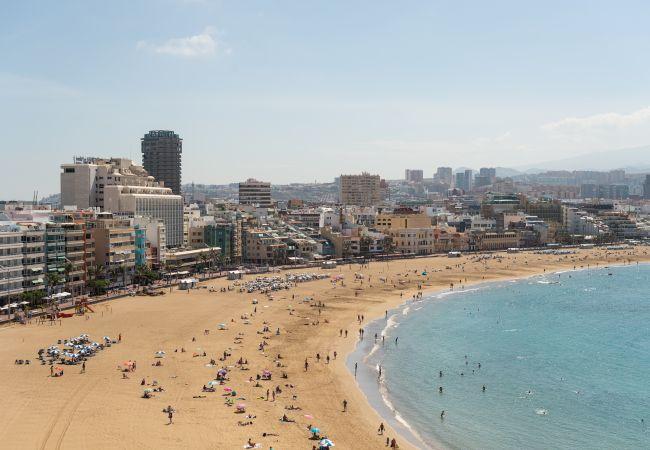 Apartment in Las Palmas de Gran Canaria - DELUXE CON VISTAS LATERALES AL MAR-GC.10