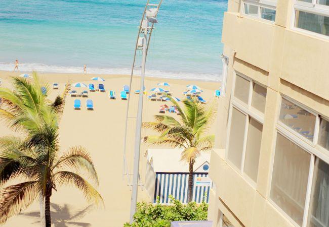 Apartment in Las Palmas de Gran Canaria - A4C- BALCÓN VISTA PLAYA + WIFI BY CANARIASGETAWAY