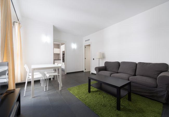 Apartment in Las Palmas de Gran Canaria - NUEVO Y MODERNO DETRAS DE LA PLAYA - GB3A