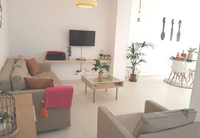 Apartment in Las Palmas de Gran Canaria - CANTERAS REINA - J.M 17