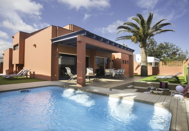 Villa in Corralejo - VILLA LONG BEACH