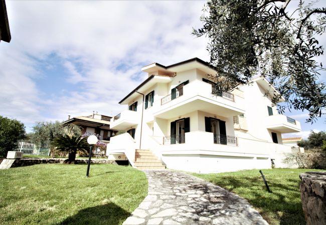 Sperlonga - Villa