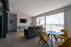 Apartment in Telde - La Baja-Salinetas. Big terrace with sea views + Wifi