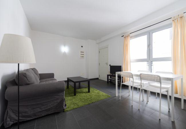 Apartment in Las Palmas de Gran Canaria - NUEVO Y MODERNO DETRAS DE LA PLAYA - GB4A