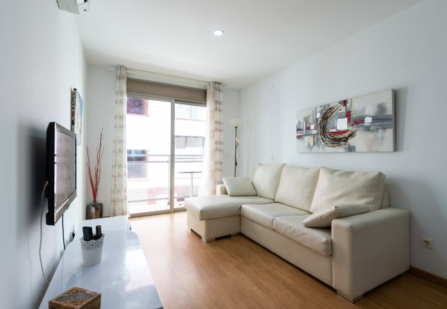 Apartment in Las Palmas de Gran Canaria - A2B- BALCON VISTA PLAYA + WIFI BY CANARIASGETAWAY