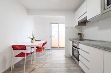 Apartment in Las Palmas de Gran Canaria - Centrally located with sea views. VIEWS TO THE PORT