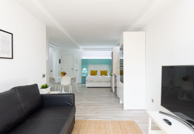 Apartment in San Bartolomé de Tirajana - Aguila Beach 1 + wifi by Canariasgetaway.