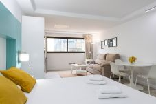 Apartment in San Bartolomé de Tirajana - Aguila Beach 4 + wifi by Canariasgetaway. Near the beach and with pool