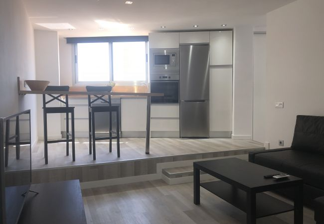 Apartment in Las Palmas de Gran Canaria - Modern & new with castle and port views + wifi by Canariasgetaway