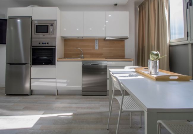 Apartment in Las Palmas de Gran Canaria - 4.3 NEW IN THE CITY NEAR BEACH+WIFI BY CANARIASGET