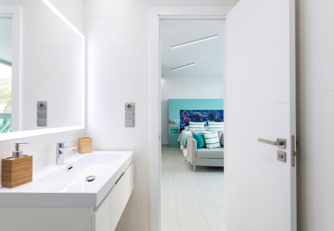 Apartment in Las Palmas de Gran Canaria - Edison 102 by CanariasGetaway