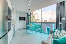 Apartment in Las Palmas de Gran Canaria - Edison, Midtown, beach, wifi by canariasgetaway 201