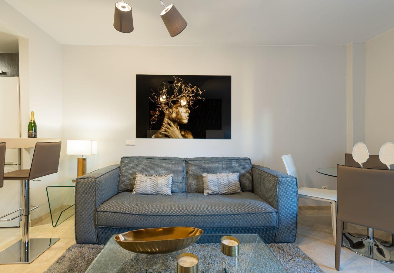 Apartment in Las Palmas de Gran Canaria - Luxury apartment close to the beach. Gym and solarium