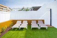Bungalow in San Bartolomé de Tirajana - Confortable with terraces, pool and tenis